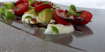Avocado - Tomaten - Mozzarella - Salat