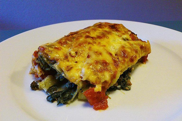 Cannelloni mit Mangold - Käsefüllung