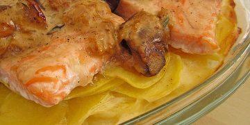 Kartoffelgratin mit Pfifferlingen und Lachs