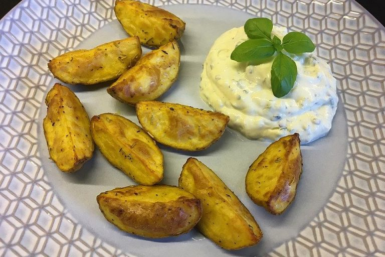 Kartoffelspalten mediterran, aus der Actifry oder aus dem Backofen