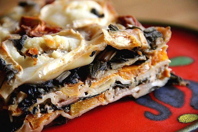 Kürbis-Mangold-Lasagne mit Ziegenkäsebechamel