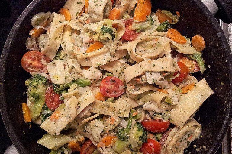 Maultaschen-Gemüse-Pfanne