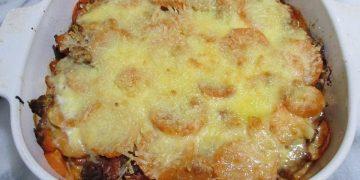 Mediterraner Süßkartoffel-Hackfleisch-Auflauf