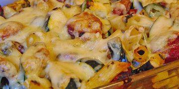 Nudelauflauf mit Chorizo und Gemüse