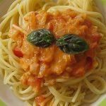 Spaghetti mit Tomaten - Sahne - Pesto