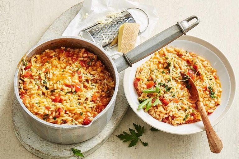 Tomaten-Risotto mit frischen Tomaten