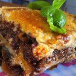 Vegetarische Moussaka auf Walnuss-Champignon-Fenchel-Basis mit Parmesansauce