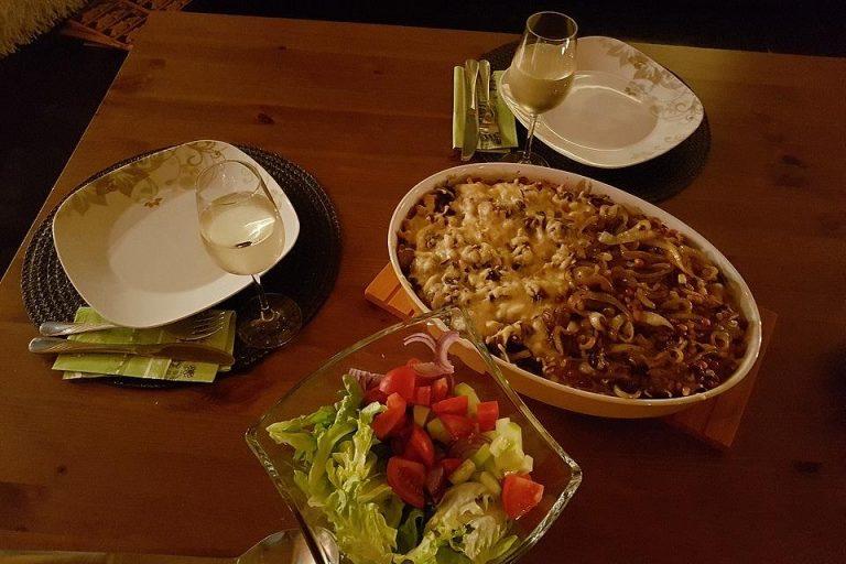Zauberhafter Spätzle-Spitzkohl-Champignon-Auflauf
